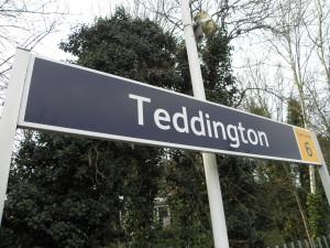 Gutter Cleaning Teddington TW11